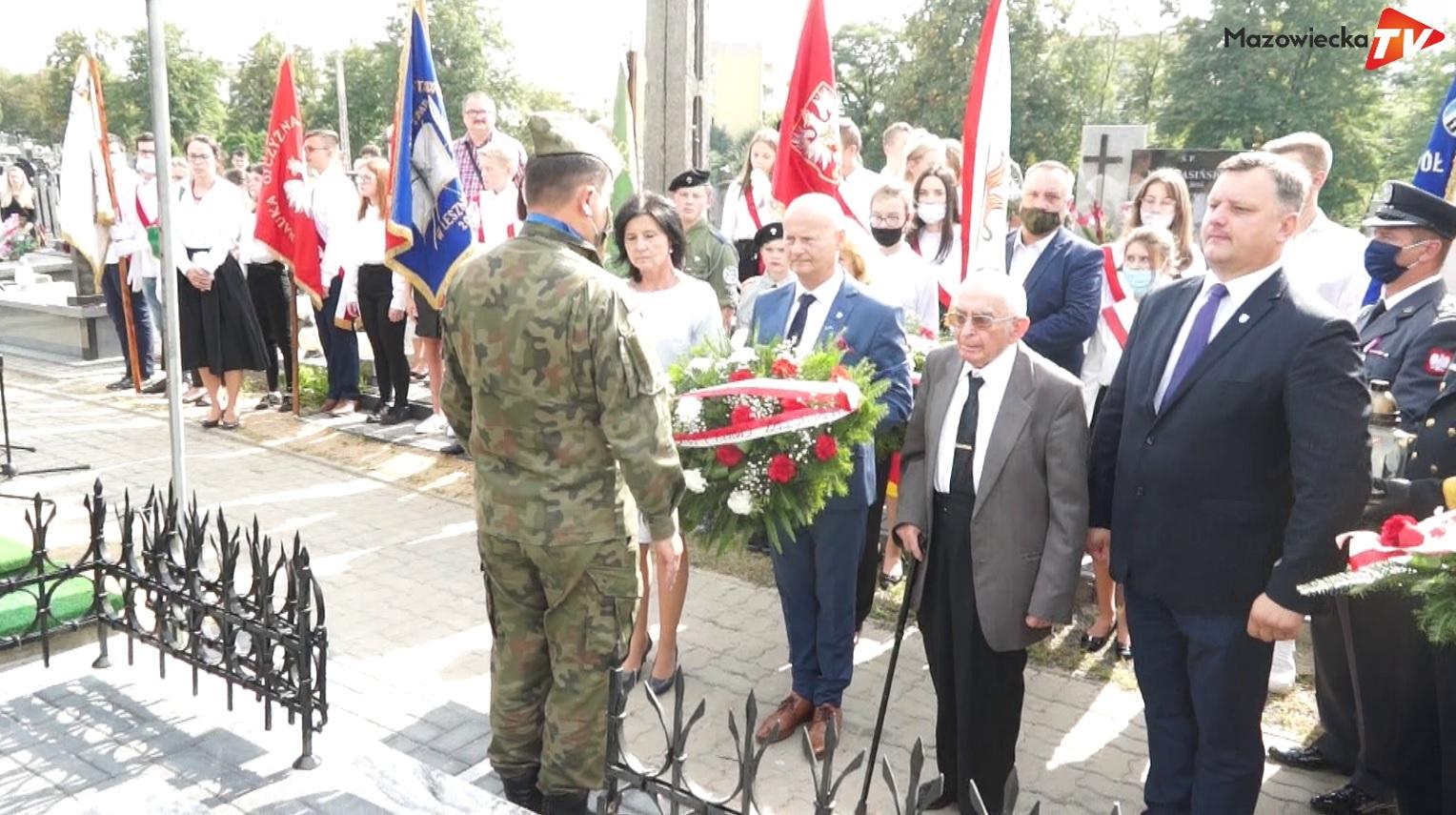 Odsłonięcie tablicy i grobu ostatniego przedwojennego burmistrza Grójca Tadeusza Olszewskiego